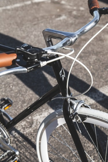 Surprise! Silk is used in bicycle tires too!