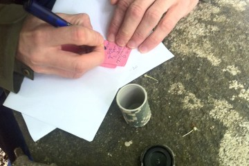 Exemple de mini cache geocaching