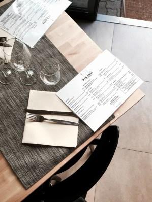 Hey Dude restaurant Strasbourg table