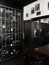 Les Innocents restaurant Strasbourg wine bar tribunal