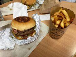 Deliveroo Strasbourg livraison repas coursier velo restaurant burger 231 east street