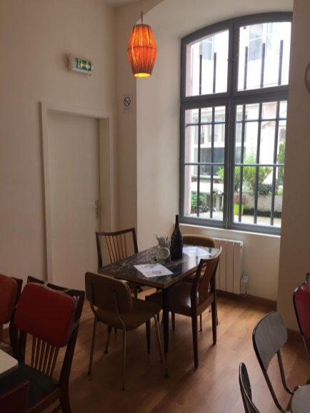en-voiture-simone-strasbourg-restaurant-bar-rue-des-pucelles