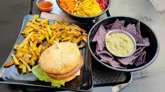 Copper Branch Strasbourg terrasse restaurant végétarien
