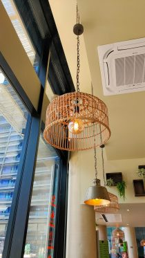 TAI KIN Strasbourg restaurant wok cuisine asiatique street food rivétoile décoration lampe