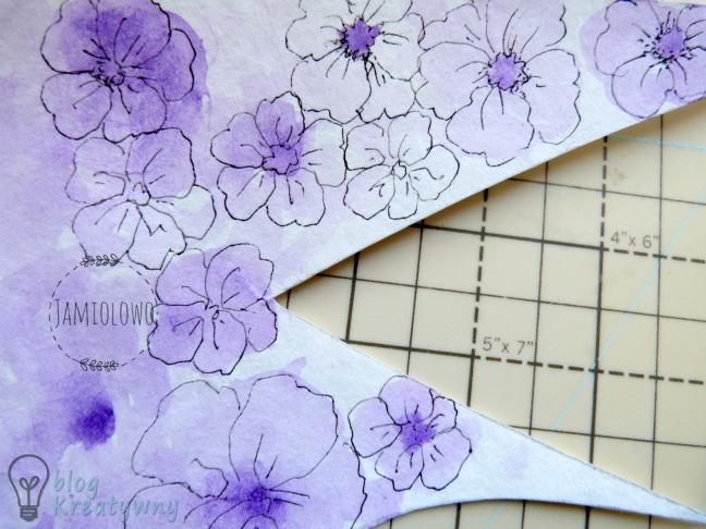 kwiaty narysowane cienkopisem