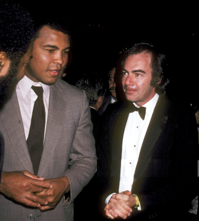 Neil Diamond - met Muhammad Ali during Neighbors of Watts Benefit Dinner and Performance-April 26, 1981 at Beverly Wilshire Hotel in Beverly Hills, California, United States (1981)