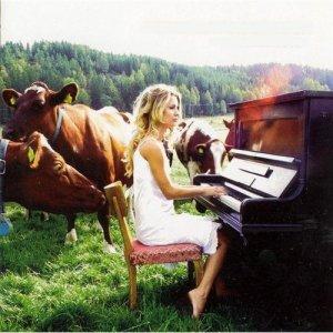Pernilla Andersson – Cradlehouse (2004)