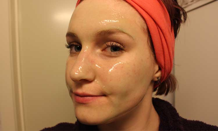 homemade-gelatin-face-mask-to-remove-blackheads