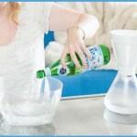 Ez történik, ha szénsavas ásványvízzel mosod meg az arcodat…
