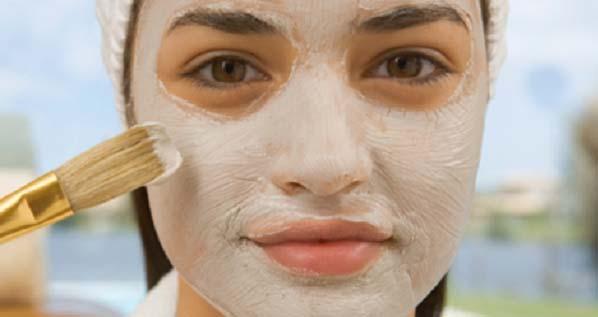Tedd fel ezt a szódabikarbóna-almaecet maszkot 5 percre, hogy a foltok, hegek, ráncok eltűnjenek az arcodról minél hamarabb!