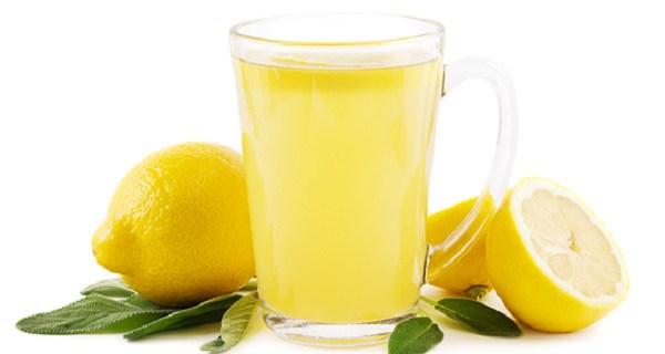 Igyál citromos vizet gyógyszer helyett, ha ezek közül bármelyik problémád van!