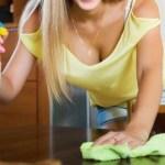 Utálod, hogy folyton megáll a por a bútorokon? Itt egy fantasztikus trükk, és megszabadulsz ettől a problémától!