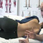 Csontkovácsok figyelmeztetnek – 4 ok, amiért ne aludj a jobb oldaladon!