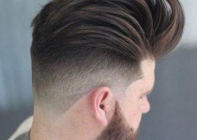 peinado hombre pompadour
