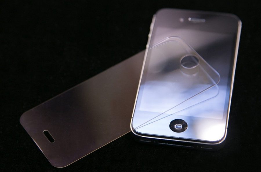 01-Gorilla-Glass-Screen-Gorilla-Glass-Display-Gorilla-Glass-Devices.jpg