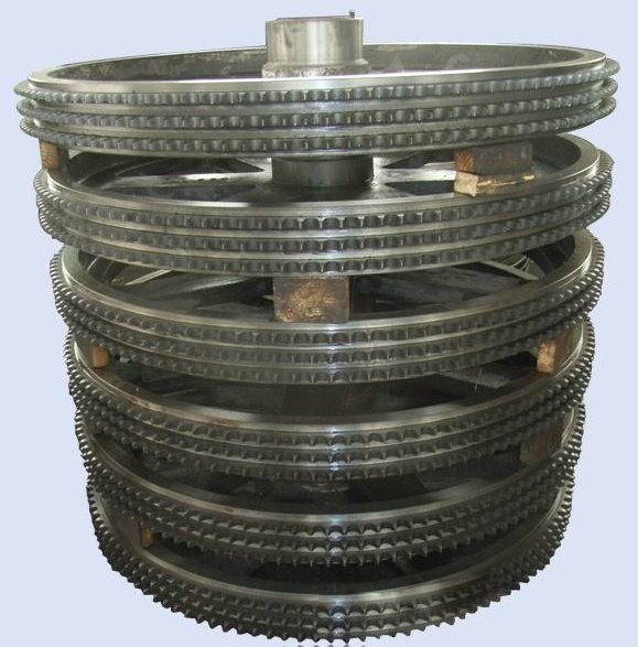01-fly-wheel-production-centrifugal-casting-process-track-wheel-manufacturing-method.jpg
