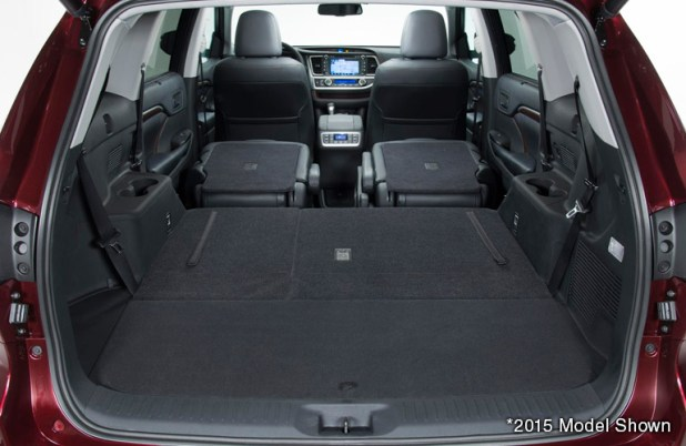 toyota highlander seating capacity 8. Black Bedroom Furniture Sets. Home Design Ideas