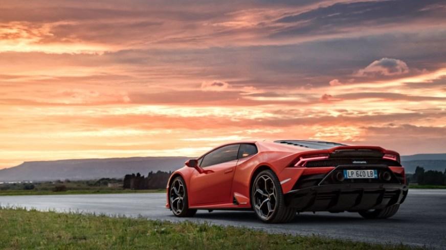 Pictures of the 2020 Lamborghini Huracan EVO - Prestige ...