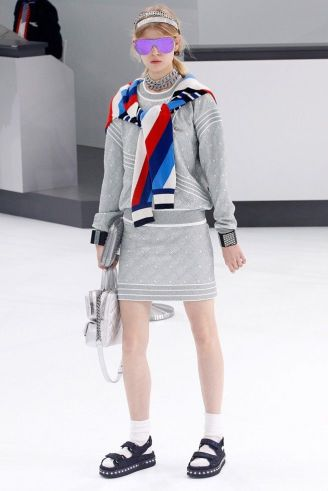 Sandália com LED - Desfile Chanel.