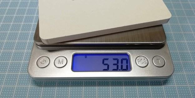 重さは53グラム。