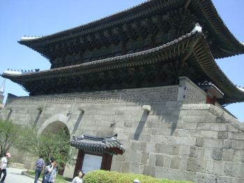 Ворота Тондэмун