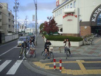 Велосипедисты в Мацумото