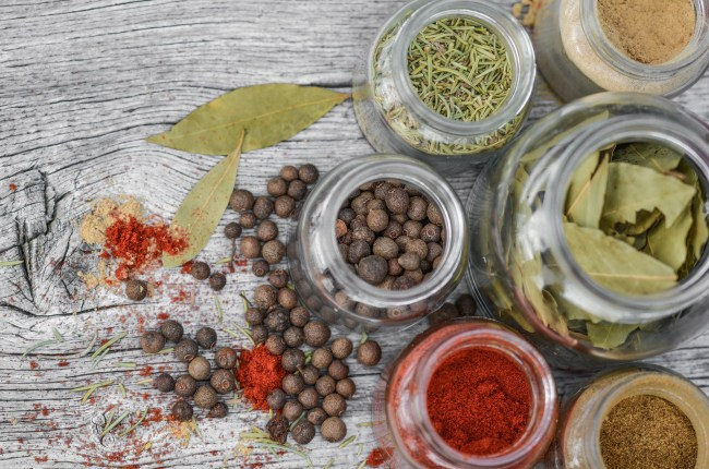 easy-guide-cooking-spices