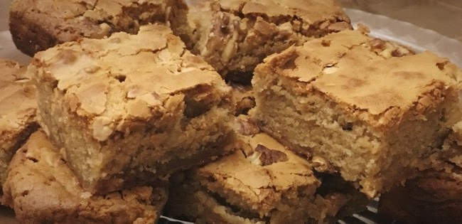 walnut-white-chocolate-blondies