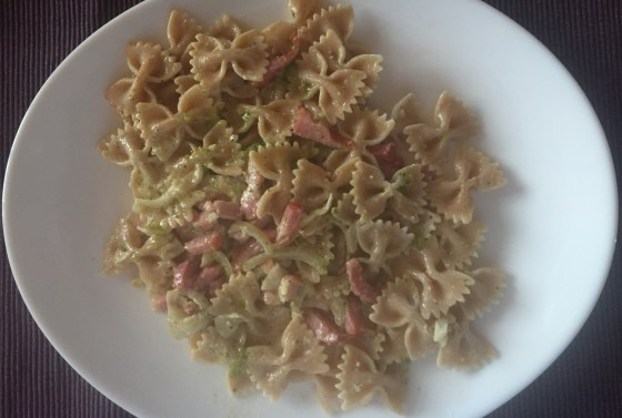 homemade-pesto-pasta-bacon