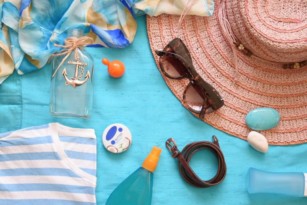 a heat wave preperation kit - summer essentials