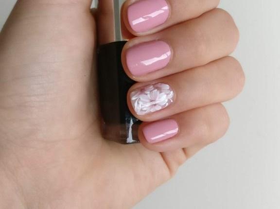 russian-manicure