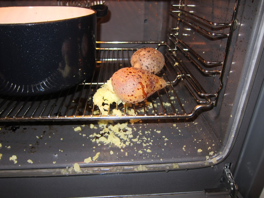 exploding potato, potato, oven kacket potato, forgot to prick