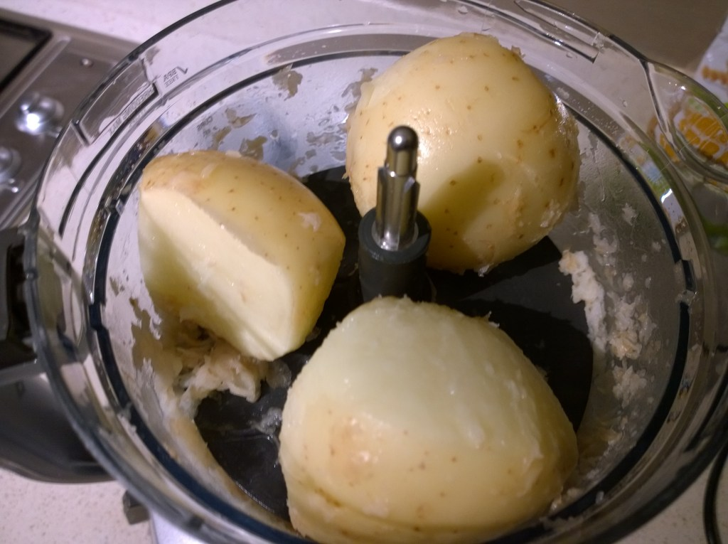 Kitchen Wizz 8 peeled potatoes