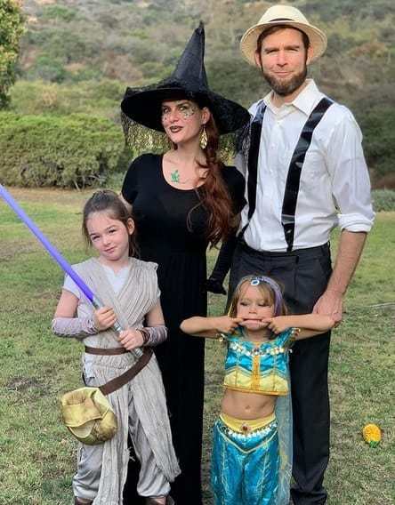 Sara and her family
