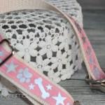 Hundehalsbänder selbst genäht & mit reflektierender Folie aufgepeppt.