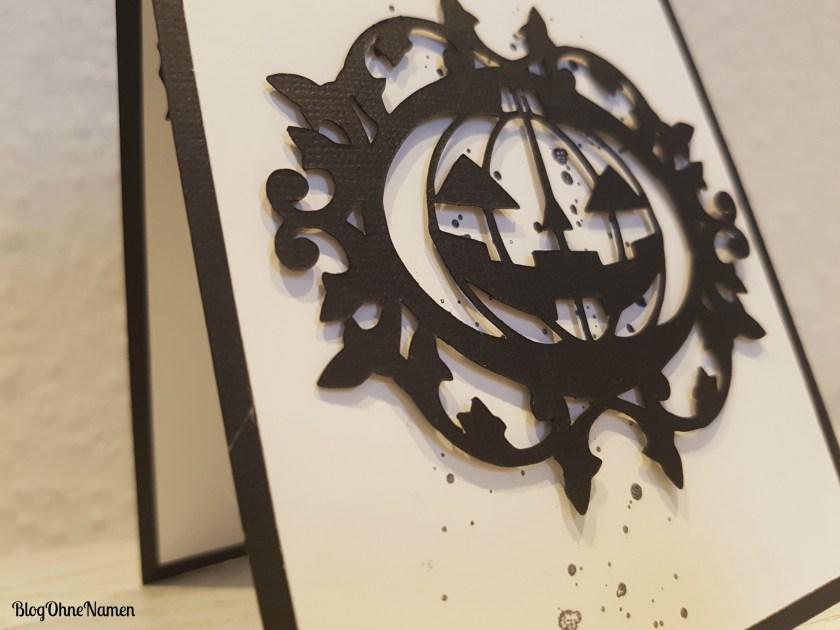 einfache-karte-zu-halloween-mit-plotter-freebie-2a