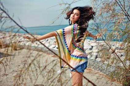 Shruti Hassan ShoppersStop- Poncho and Denim Hot-pants (3)