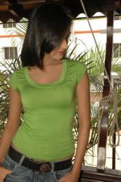 Sonal-Chauhan-Tight-Green-Top-Denim-Jeans (79)