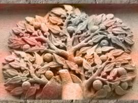 D'après le figuier, selon Fulcanelli, Palais Jacques Coeur XVe siècle, Bourges, France. (Marsailly/Blogostelle)