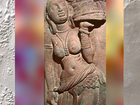 D'après une Femme au Plateau, vers IIe siècle apjc, dynastie Kushâna, école de Mathurâ, Uttar Pradesh. (Marsailly/Blogostelle)