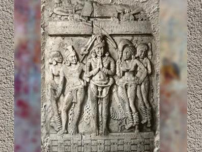 D'après un personnage royal en prière, Ier-IIe siècle apjc, Amarâvatî, Andhra Pradesh, Inde du Sud. (Marsailly/Blogostelle)