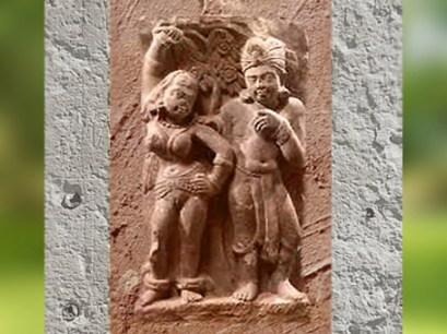 D'après un couple Yakshî et Yaksha, Mathurâ, dynastie Kushâna, IIe siècle apjc, Inde du Nord. (Marsailly/Blogostelle)