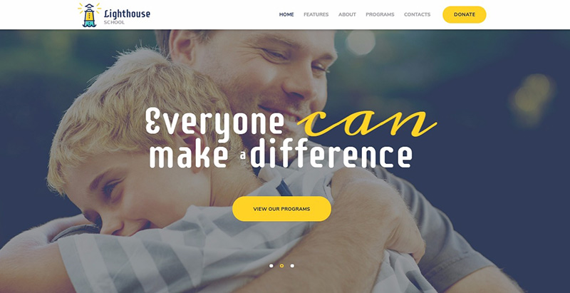 Lighthouse themes wordpress creer site internet educatif e learning