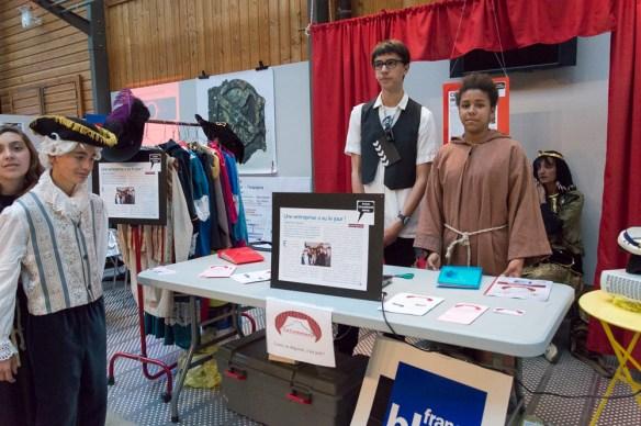 Une Mini Entreprise de La Rochelle spécialisée dans la location de costumes
