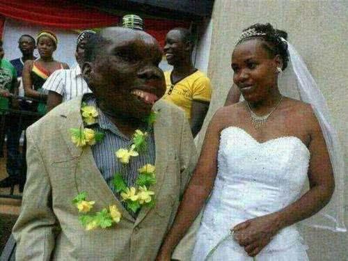 烏干達最醜男2013年再婚