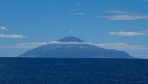 世界最偏僻島嶼崔斯坦-達庫尼亞