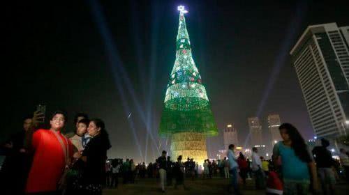 世界最高人工聖誕樹