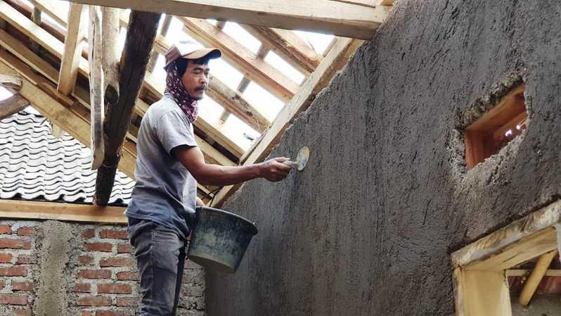 Tips Memilih Tukang Bangunan Harian dan Borongan   Plus Harga 2020
