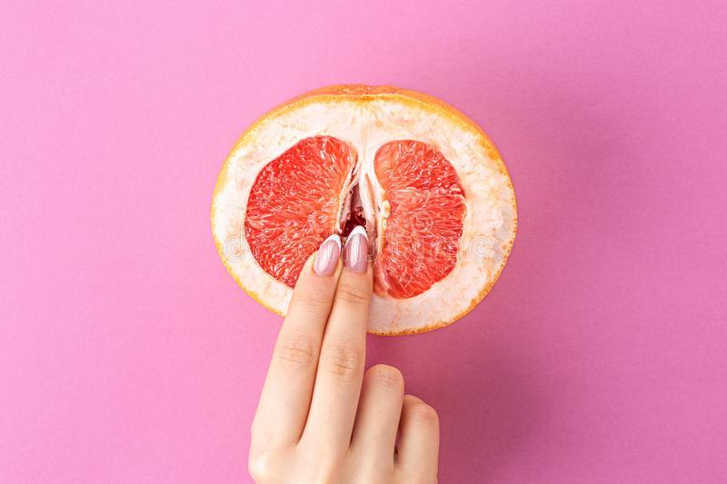 masturbação dedo vagina laranja