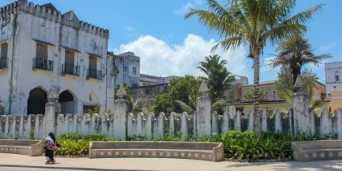 Stone Town ~ A Day Exploring Zanzibar's Enchanting City!
